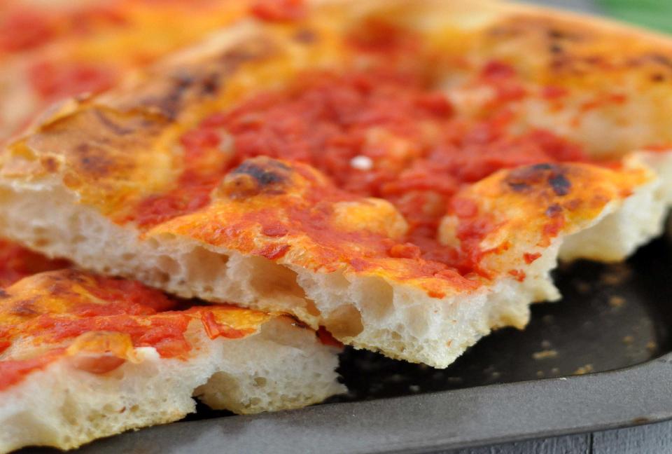 Ricetta Pizza Napoletana Viva La Focaccia.I 10 Consigli Di Giovanni Tesauro Per Una Perfetta Pizza In Teglia